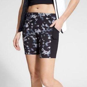 ATHLETA || Be Free Leopard Biker Shorts